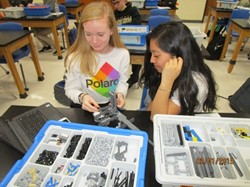 Students Use LEGOs to Design Robot